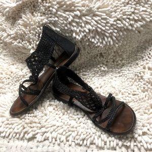 Steve Madden Black Leather Braided Gladiator Flats